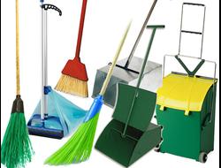 Инвентарь для уборки улиц и садовых работ